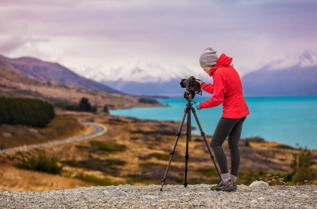 10 Books Every Travel Photographer Should Own